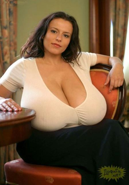 Huge breasts pic 34
